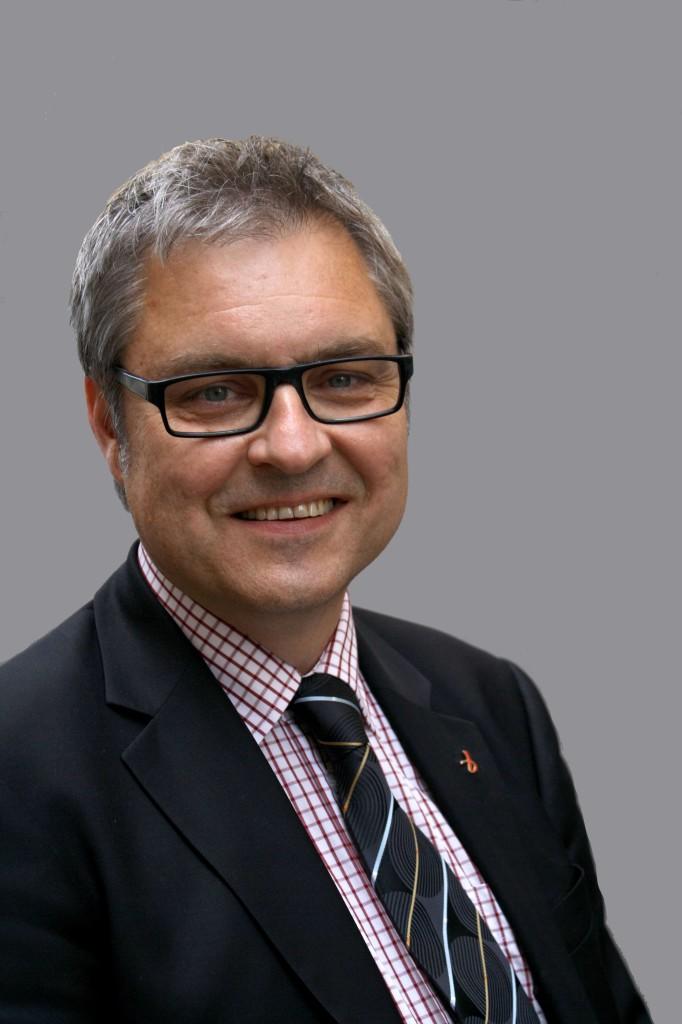 Lars G Linder
